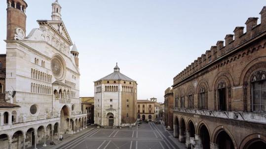Cremona Piazza Duomo