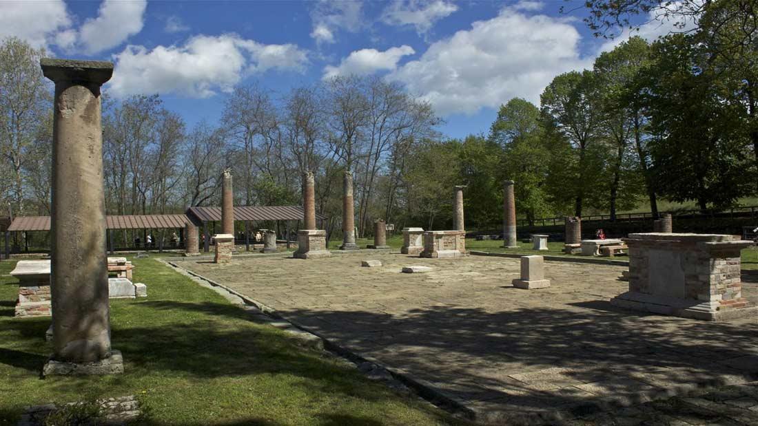 Veleia Romana Anfiteatro