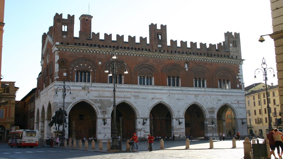 Piacenza Il Gotico
