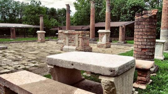 Veleia RomanaVeleia Romana Anfiteatro